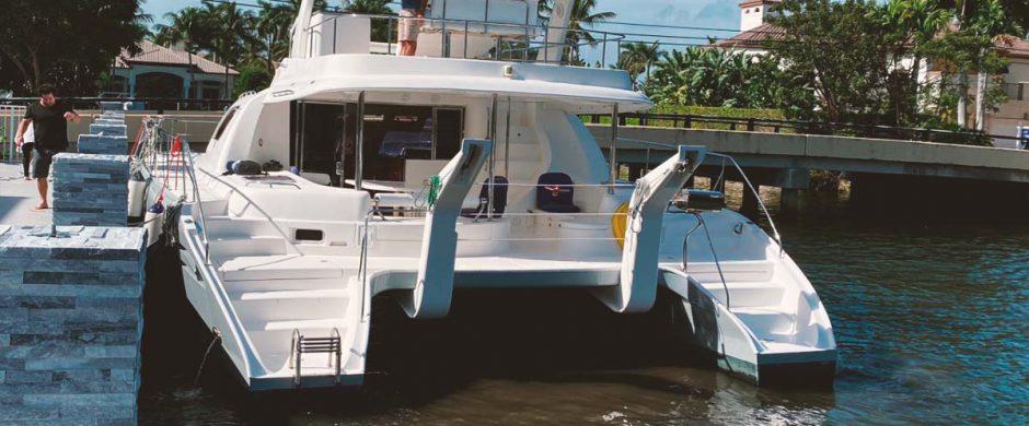 Catamarán VI
